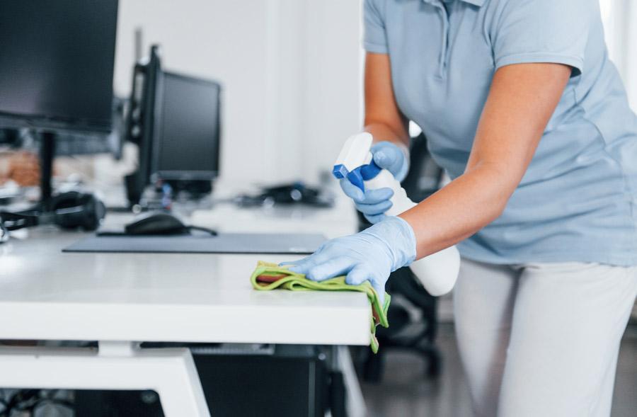 Société de nettoyage de bureau